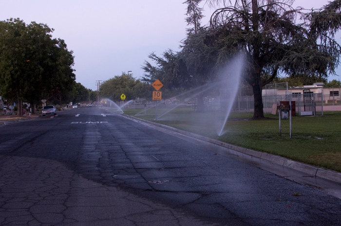 City of Fresno pauses overwatering, blames the homeless…